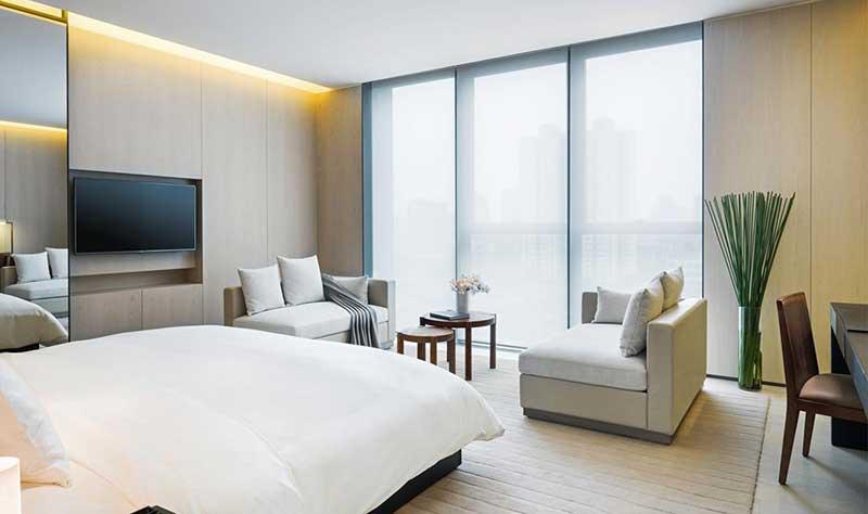 Phong cách thiết kế khách sạn tối giản