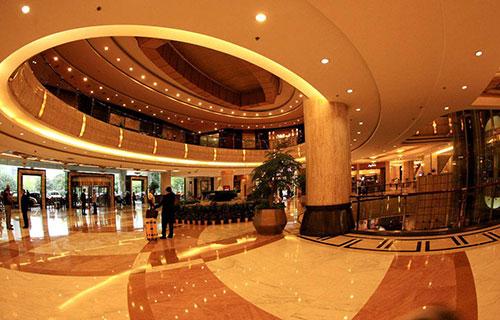 Khi thiết kế khách sạn 5 sao cần chú ý đến khu vực đại sảnh khách sạn