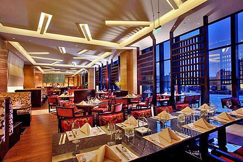 Khu vực nhà ăn trong thiết kế khách sạn 5 sao