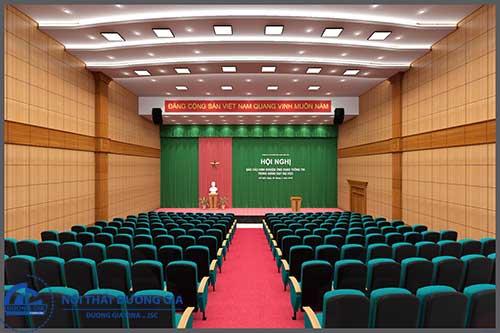 Cách trang trí hội trường cơ quan đối với khu vực sân khấu