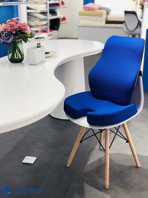 Sử dụng miếng lót ghế ngồi văn phòng giúp nâng cao hiệu suất công việc