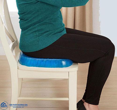 Miếng lót ghế văn phòng tốt cho sức khỏe