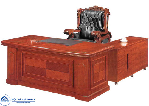 Chọn bàn văn phòng gỗ công nghiệp cho lãnh đạo