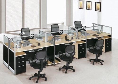 Vách ngăn kính bàn làm việc