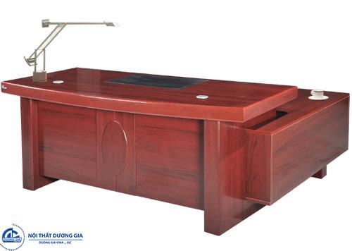 Điều gì tác động tới bảng báo giá bàn ghế văn phòng bằng gỗ?