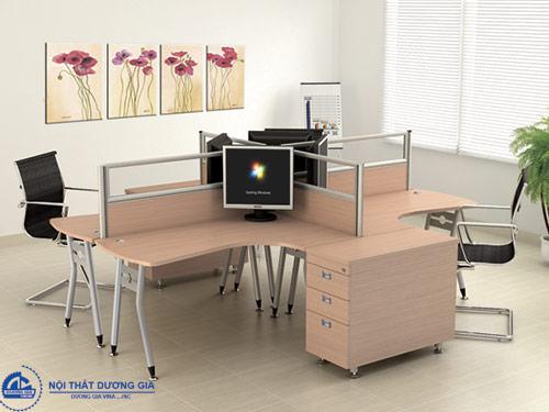 Màu sắc, chất liệu và kiểu dáng bàn làm việc hợp phong thủy
