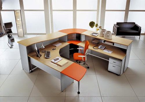 Cáchhóa giải hướng bàn làm việc xấu: Lối đi lại ở phía sau lưng