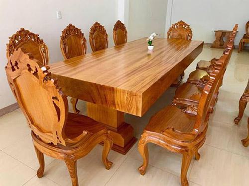 Mua bàn ghế phòng họp gỗ tự nhiên tại địa chỉ uy tín